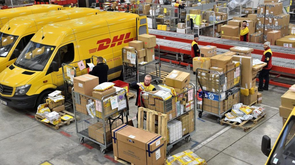 Vận chuyển hàng hóa và mua hộ từ Mülheim, Đức về Việt Nam giá rẻ